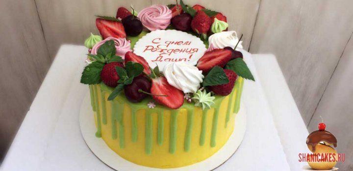 летний торт с клубникой на заказ в Самаре от SHANICAKES