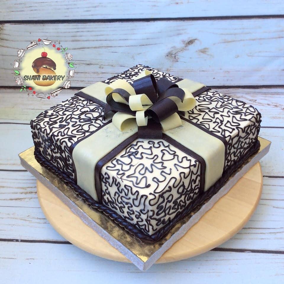 торт с шоколадным бантом фото
