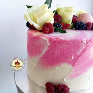 кремовый торт акварель