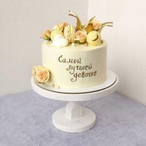 Тортик для девочки с короной